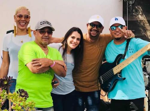 Calixto Oviedo, Lily Hernandez, Azaris